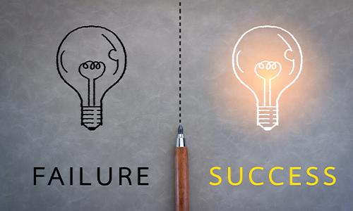 failure success lightbulb